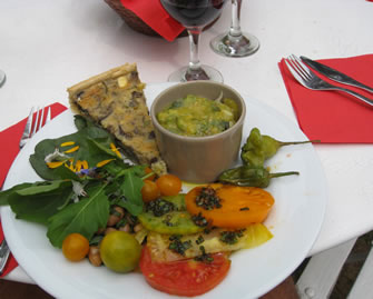 Vegetable lunch in Provence